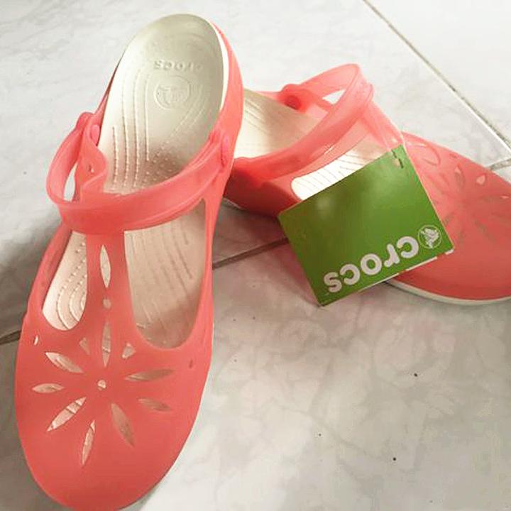 #7月好晒单#女汉子的女鞋梦 入手<font color='red'>crocs</font>大码女款洞洞鞋~